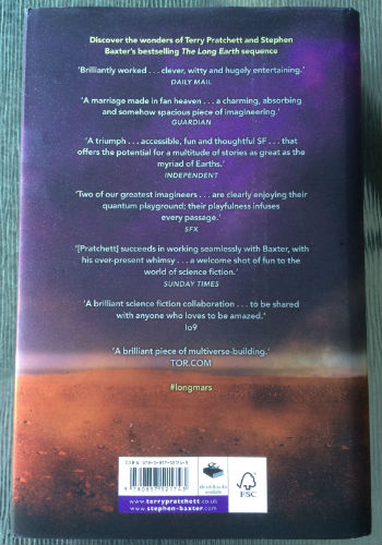Pretty Book Cover Review : Book review the long mars by terry pratchett and stephen