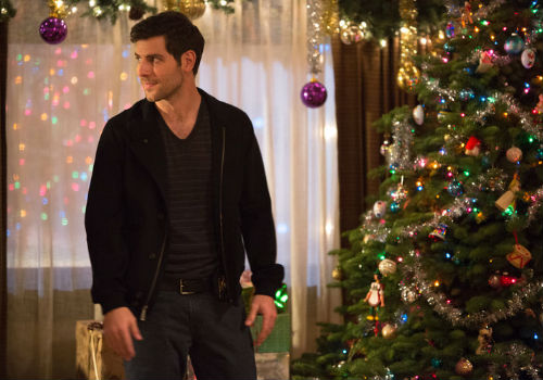 """Everywhere you turn there are Christmas decorations in abundance, making """"The Grimm Who Stole Christmas"""", an absolute dream for anyone who is in love with going ALL OUT to decorate for the season (image via official Grimm site (c) NBC)"""